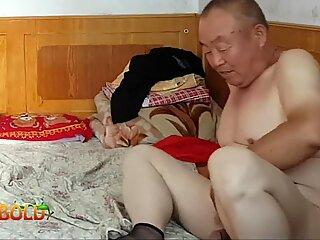 Çinli dede büyükanne