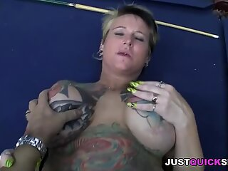 Curvy MILF with tattoos gets her pussy fucked