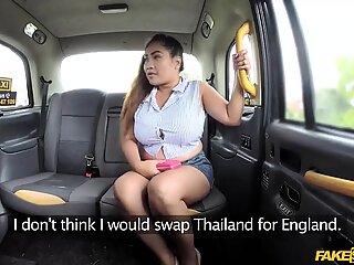 Ταϊλανδέζα μασέρ miss pinay έργα δίνει μασάζ για δωρεάν βόλτα