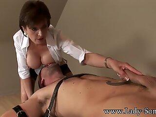 Lady Sonia thắt chặt xuống và boinked cứng